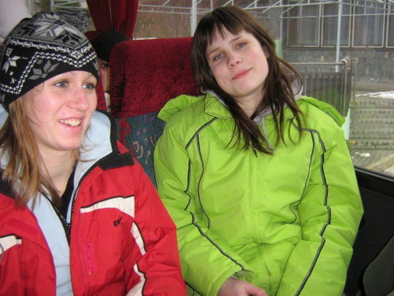 http://www.katlen.cz/media/fotogalerie/2008/soustredeni-malenovice/001.jpg