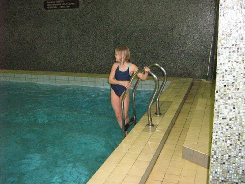 http://www.katlen.cz/media/fotogalerie/2008/soustredeni-malenovice/030.jpg