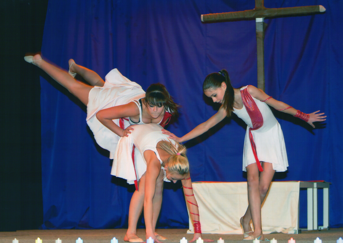 http://www.katlen.cz/media/fotogalerie/2011/vanocni_koncert/Halleluja.jpg